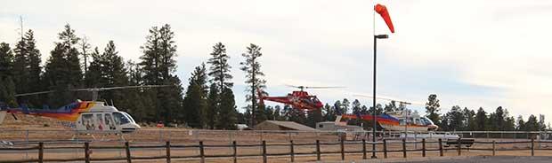 Un tour in elicottero pronto a partire a Tusayan.
